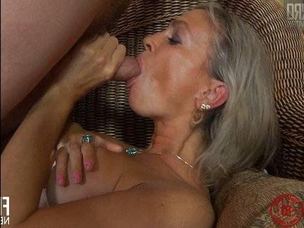 Пикапер тетя порно