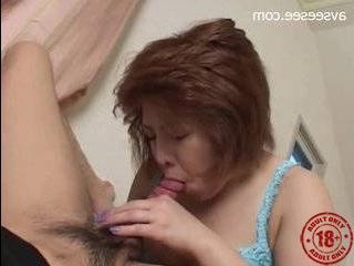 Порно пикап в подъезде где она разрешает кончить в нее