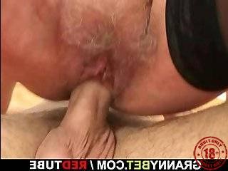 Порно пикапер жестко трахнул