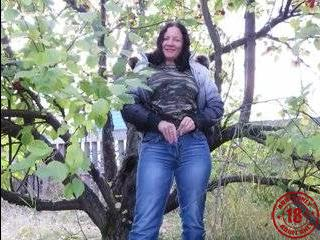 Русский порно пикап в осеннем лесу