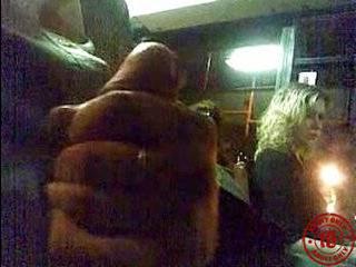 Посмотреть пикаперов 2 мужчины и девушка видео порно