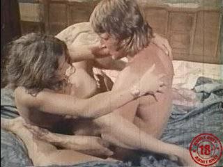 Пикапер доводит до оргазма скрытая камера порно