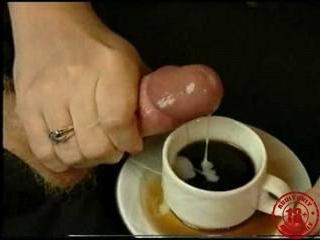 Порно пикап едика и ерика с блондинкой в кофе